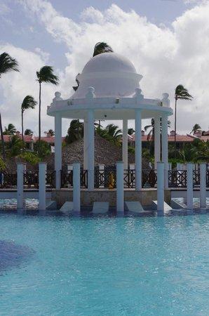 Paradisus Palma Real Golf & Spa Resort: Piscine principale