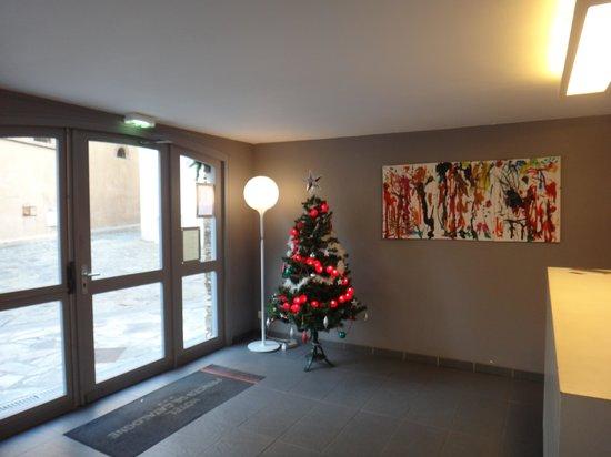 Hôtel Princes de Catalogne : Hotel Lobby