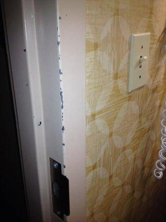 Hampton Inn Miami-Airport West : door molding