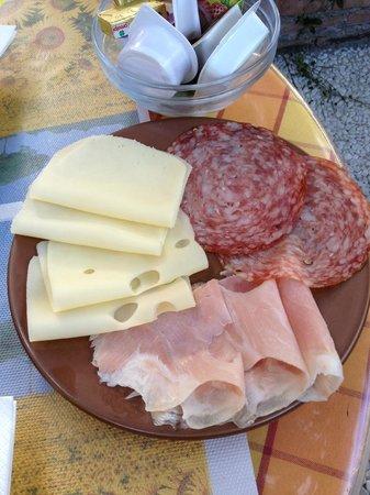 هوتل فيلا أستوريا: Breakfast