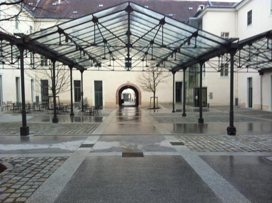 Altes Kloster: Eingang