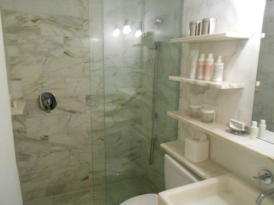 Delano South Beach Hotel: Bagno