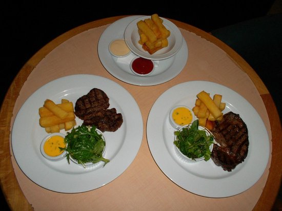 Amora Hotel Auckland: Room Service Rib Eye and Hand Cut Fries