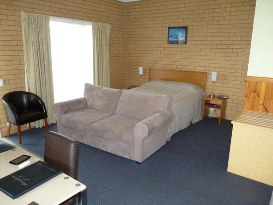 Port Campbell Parkview Apartments: Motel suite