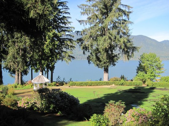 Lake Quinault Lodge: View of the Quinault Lake from my room
