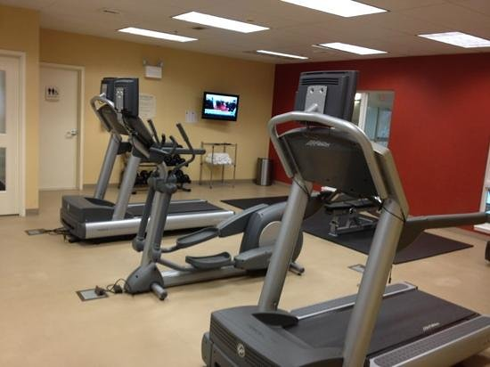 Fairfield Inn & Suites Wilkes-Barre Scranton: exercise room