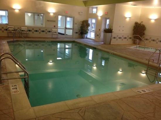Fairfield Inn & Suites Wilkes-Barre Scranton: indoor heated pool