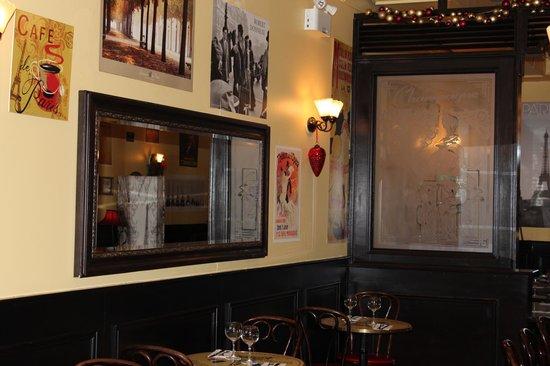 Paris Crepes Cafe: 15