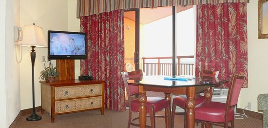 Monterey Bay Suites: Living room and main TV
