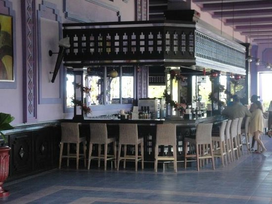 Hotel Riu Montego Bay: Bar near the lobby. Open 24hours