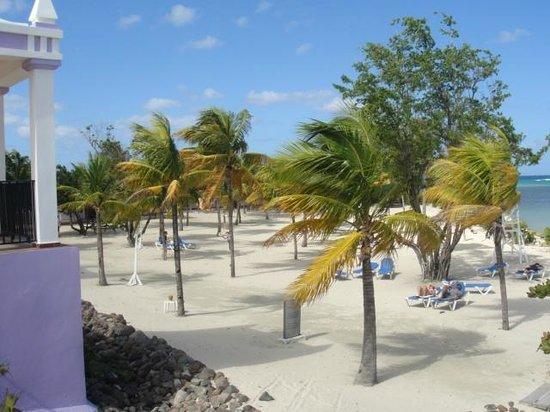 Hotel Riu Montego Bay: Beach front