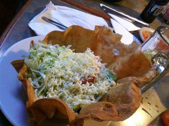 La Tolteca: taco salad