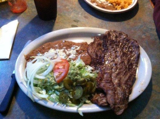 La Tolteca: Carne asada