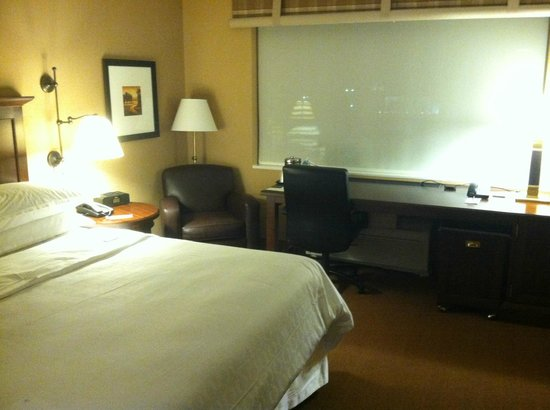 Sheraton Herndon Dulles Airport Hotel: Room 521