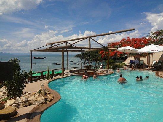 Hotel Ville La Plage: Piscina en club de playa