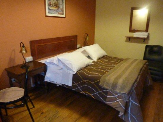 Casa de Avila - For Travellers: Room