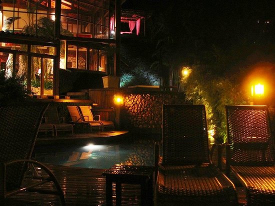Quinta do Bucanero Hotel de Charme: Área externa (piscina, jacuzzi)