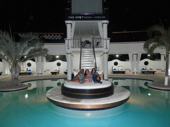 Presidential Suites A Lifestyle Holidays Vacation Resort: Bar