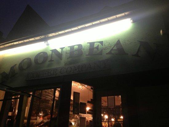 Moonbean Coffee Company : Moonbean
