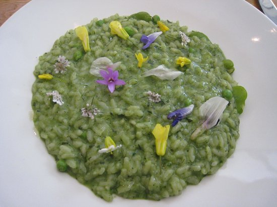 Royal Mail Dining Room: Extraordinary looking but absolutely delicious risotto with 'blossoms'