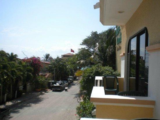 Hotel Vista Caribe: Vista desde el balcon