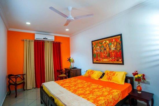 Vasudevam - Premium Suites: Orange Suite