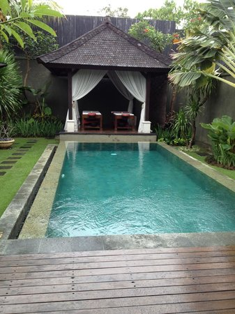 The Ulin Villas & Spa : private pool
