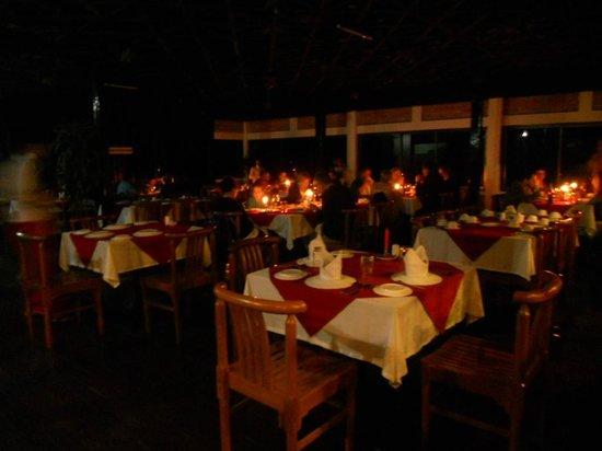 Kyaikto, Burma: Christmas Eve
