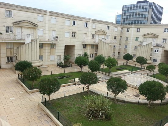 Kyriad Montpellier Centre - Antigone: View from the room