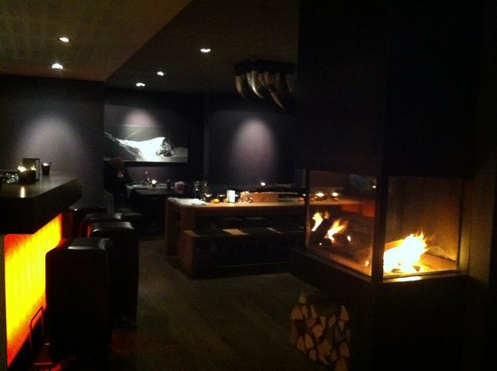 Victoria Restaurant: Wenn am Abend das Feuer knistert wird es gemütlich