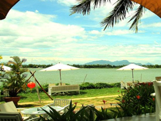 Vinh Hung Riverside Resort: Surrounding