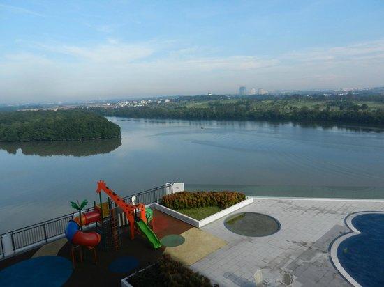 Bayu Marina Resort: A playground overlooking the river