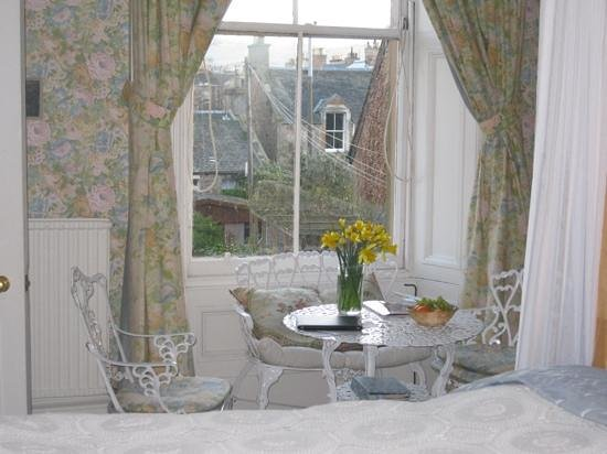 4 Morningside Place: Cedar Room