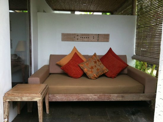 Ivory Resort Seminyak: Out door day bed