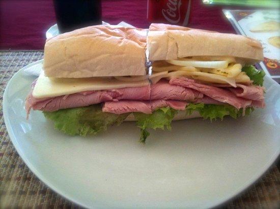 horrendous - Amazing Sandwich, Chiang Mai Traveller ...