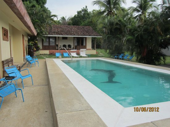 Hotel Casa de Campo Pedasi: Pool Area and rooms