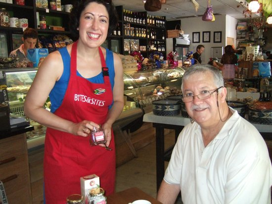 Bites and Sites Food Tours: Hanli and i .. tasting traditional tea's