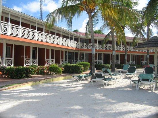 Pineapple Beach Club Antigua - All Inclusive: Beachfront Rooms