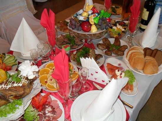 Турист Отель Николаев: Good cooks and delicious Ukrainian cuisine and snacks
