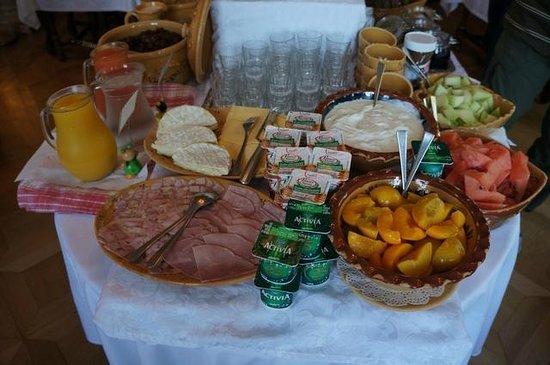 Hotel Le Manoir: Frühstücksbuffet