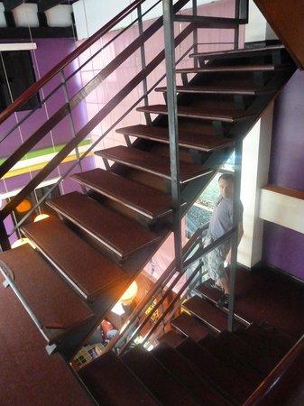 Erawan House: Treppenhaus