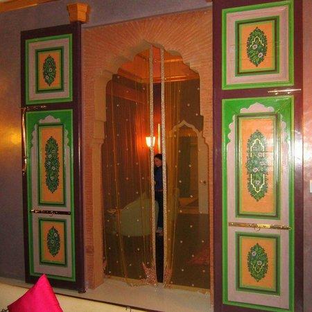 Sahara Palace Marrakech: Beautiful oriental design everywhere