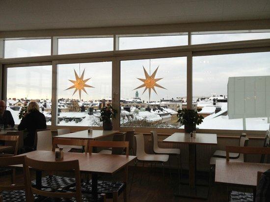 โรงแรมเทกเนอร์ลุนเดน: Vista desde el salón de los desayunos