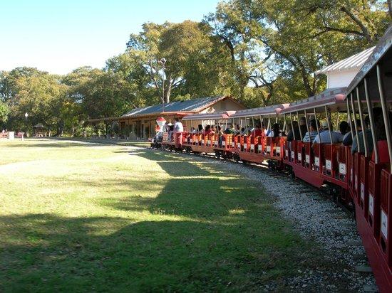 San Antonio Zoo Eagle Train: Train Ride at Brackenridge Park