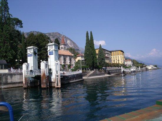 Lake Como: en arrivant sur la côte à Griante Cadenabbia