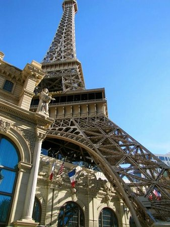 Paris Las Vegas: from outdoors