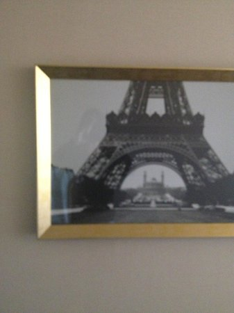 Paris Las Vegas: picture on wall