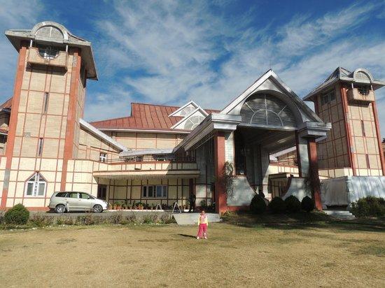 Hotel Peterhoff Shimla The
