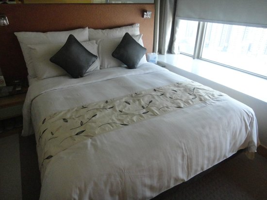 Dorsett Mongkok Hong Kong: Room with Queen size bed