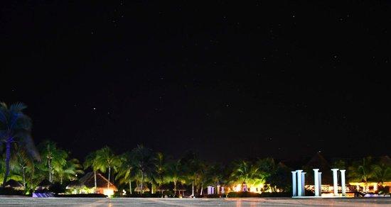 Grand Palladium Kantenah Resort and Spa: nocturna